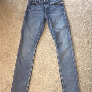 Lucky brand jeans. GREAT condition. Ava Skinny